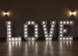 5ft love letter hire norton park sutton scotney winchester