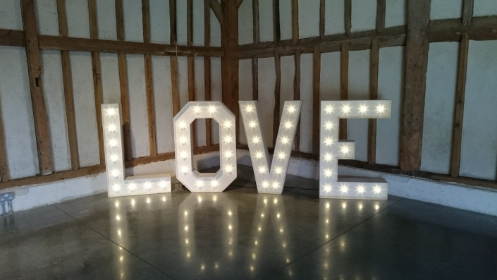 4ft love at southend barns chichester