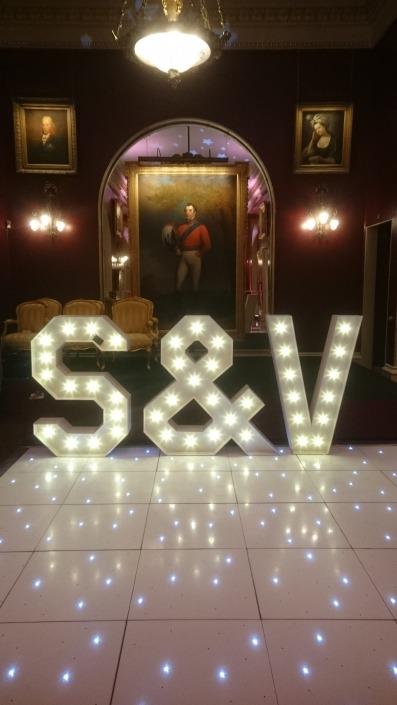S V individual letter and led white dancefloor goodwood house e1516631994808