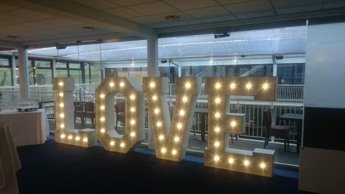 5ft love at ageas bowl southampton
