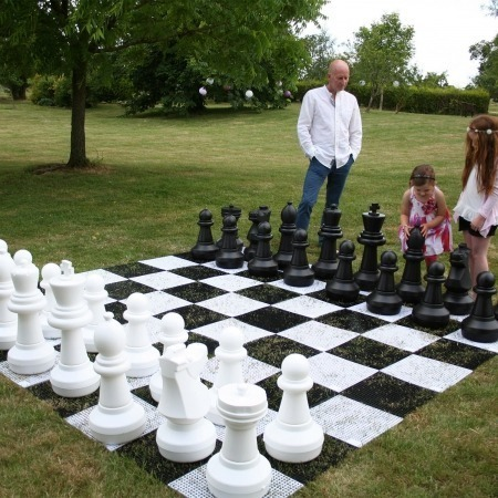 giant chess set outdoor games
