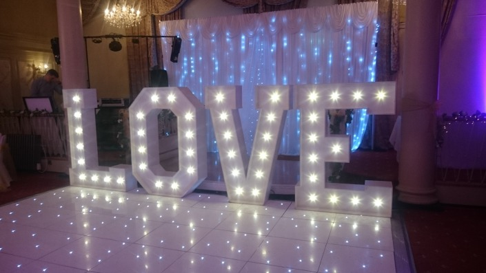 5ft LOVE and white led dancefloor at queens hotel portsmouth
